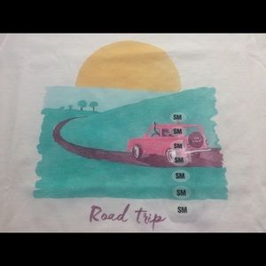 NWT Life is Good road trip scoop neck t-shirt